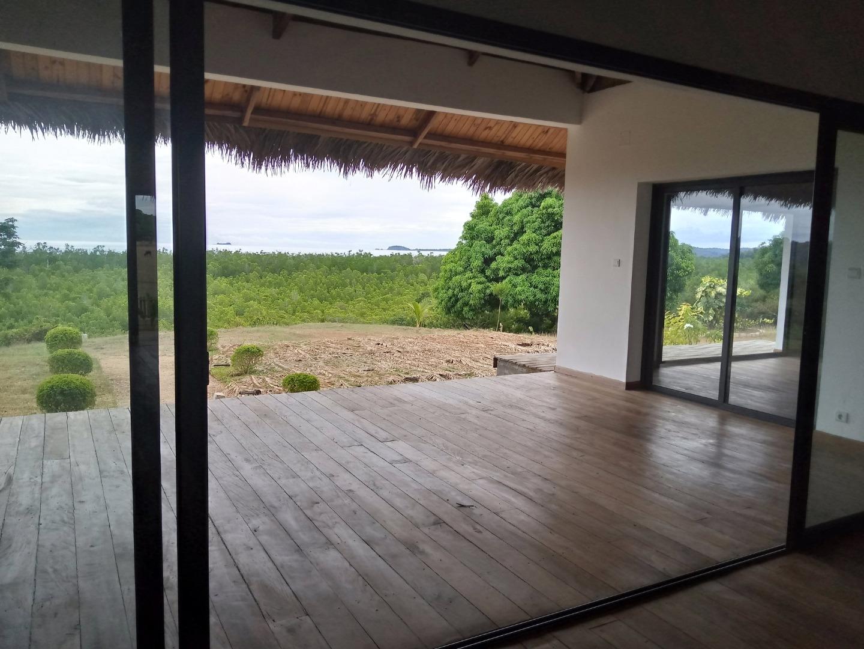 Charmante propriété en front de mer dans un endroit très calme