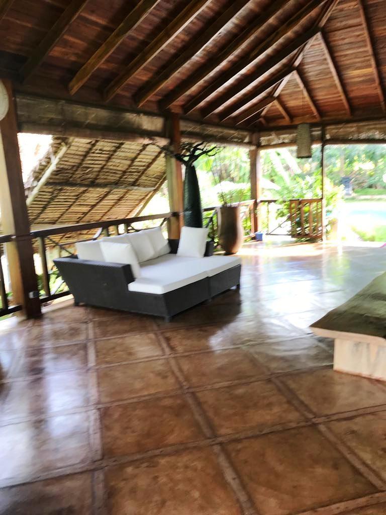 A  Louer, Une  Belle villa avec piscine au bord de la plage