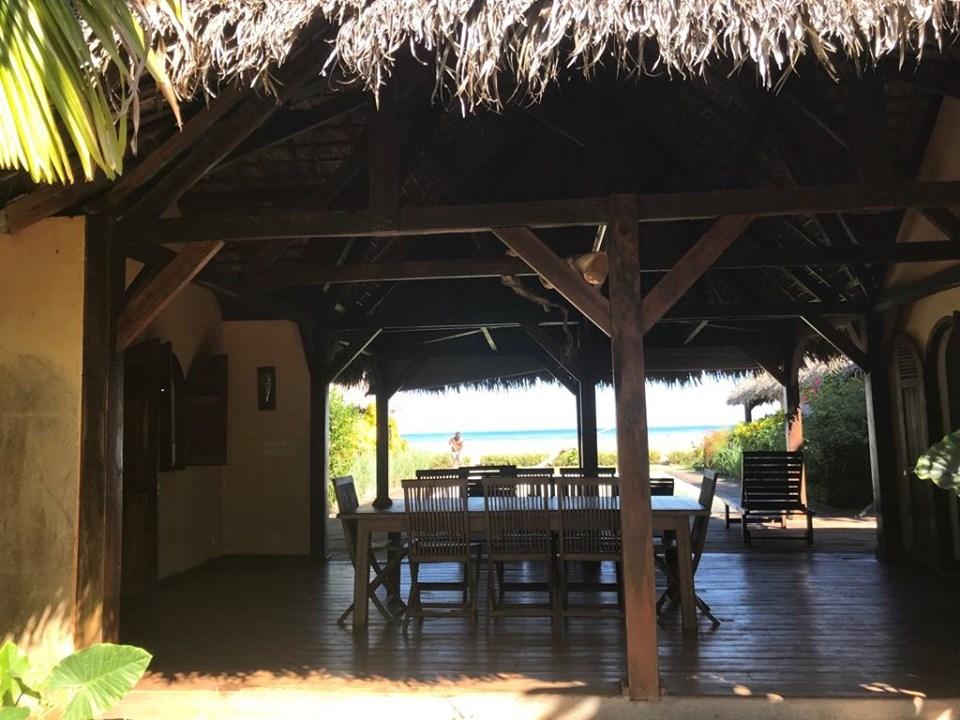 A louer, Belle Villa sur la plage avec piscine pour maximum 6 couples