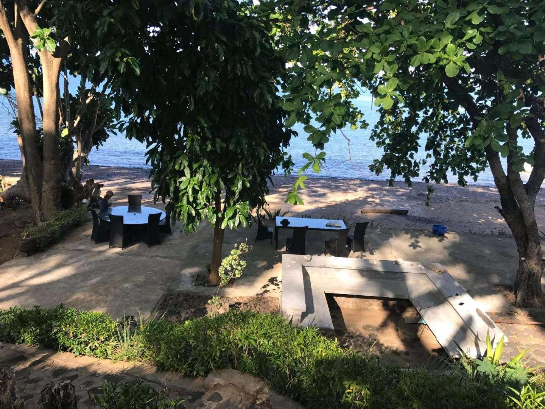 Lodge sur belle plage de Nosy Be