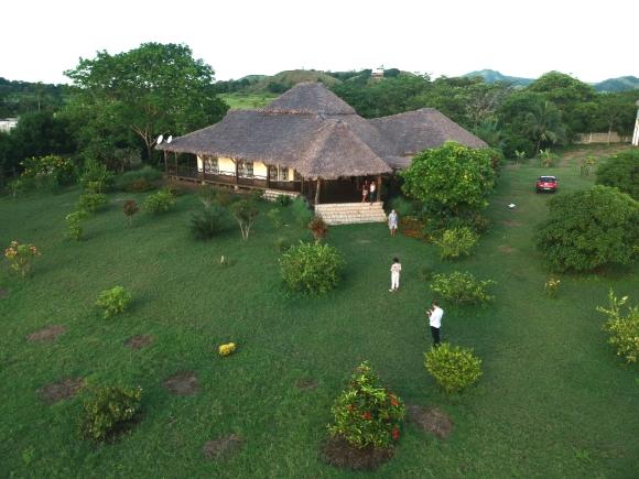 Une très belle maison à vendre sis à Orangea