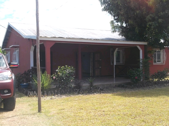 A louer, belle maison à 3km d'Andilana