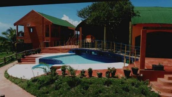 A vendre, hôtel lodge de luxe dans la region Est de Madagascar