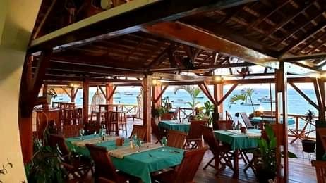 A vendre Hôtel - Restaurant situé sur la plage la plus réputée de Nosy Be
