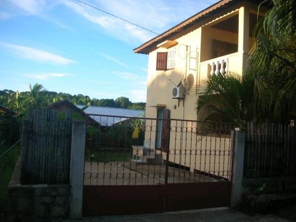 A louer, charmante maison dans un environnement calme(2)