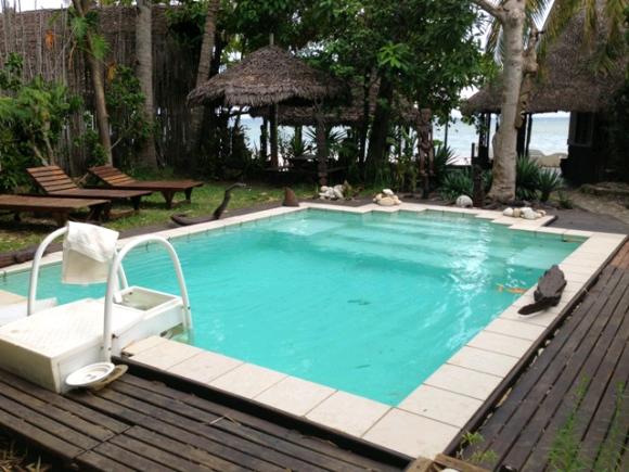 A louer, belle villa avec piscine sur plage.