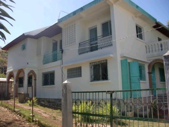 Grande maison à louer idéal pour maison d'hôte ou grande famille