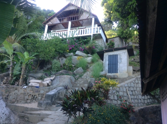 A louer, Maisons et bungalow, pieds dans l'eau situé à Ankify