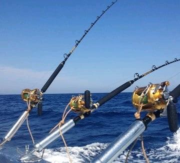 A vendre société de pêche avec très beau catamaran(3)