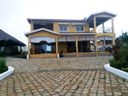 A louer,  Superbe villa à étage avec belle vue sur mer