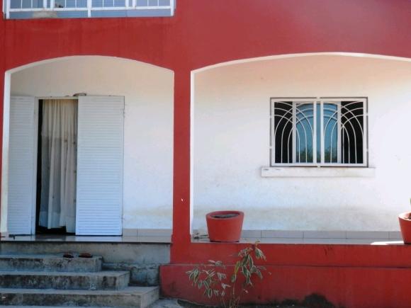 Grande maison à louer à 10 km de Hell Ville