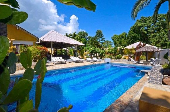 Charmante villa avec piscine à louer
