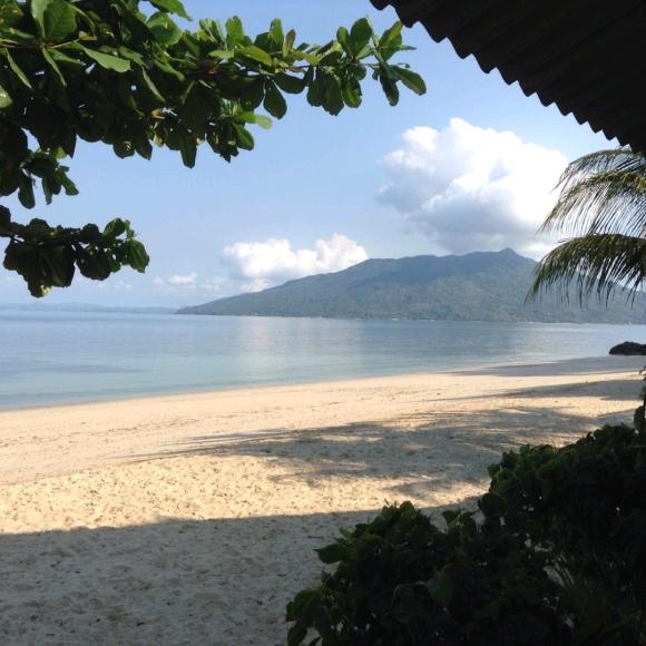 A vendre, jolie maison avec bungalow situé sur la plage d'Ankify
