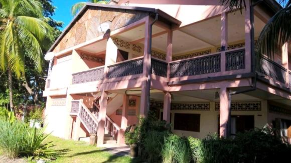 Appartement à louer à 50 m de la plage Madirokely