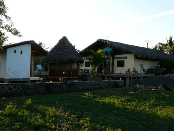 A vendre, maison d'hôtes situé à 200 m de la plage