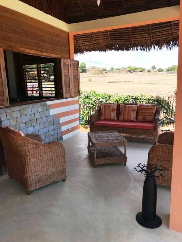 Charmante bungalow à louer dans un environnement calme
