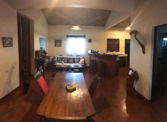 Maison à louer à Madirokely