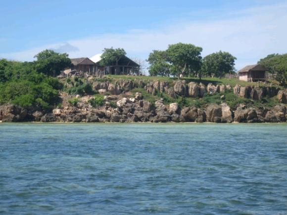 A vendre, Lodge au bord de la mer d'émeraude