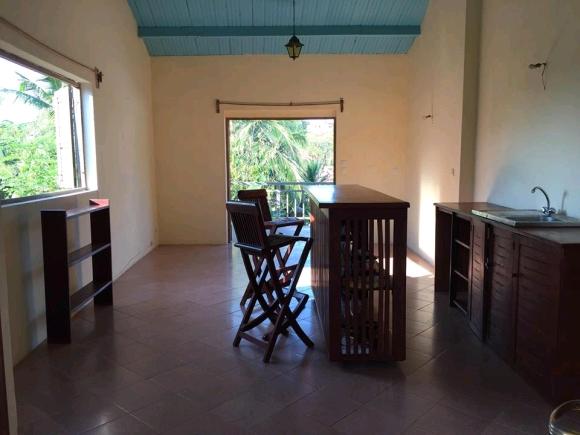 Appartement à louer situé à l'étage