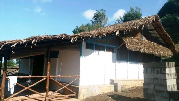 A louer, maison en semi dure à Ambondrona