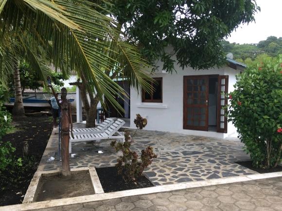 Studio en bord de plage d'Ambondrona