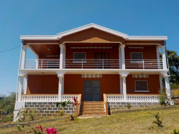 Maison neuve à louer à Andilana