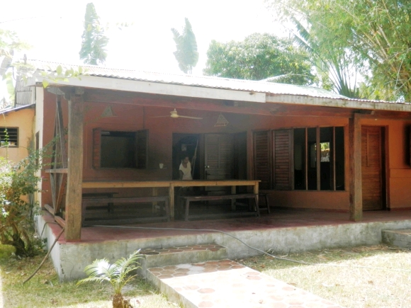 Maison à louer dans un endroit calme à Bemoko