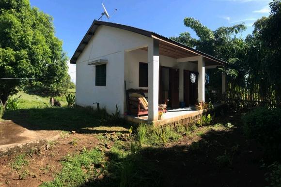 A louer, Jolie maison sur la colline avec une très belle vue sur la campagne environnante