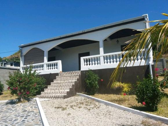 Jolie maison à louer à Madirokely
