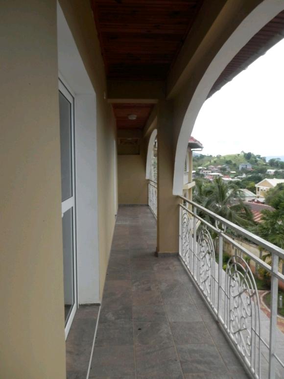 Appartement à Ambonara avec superbe vue sur la campagne environnante