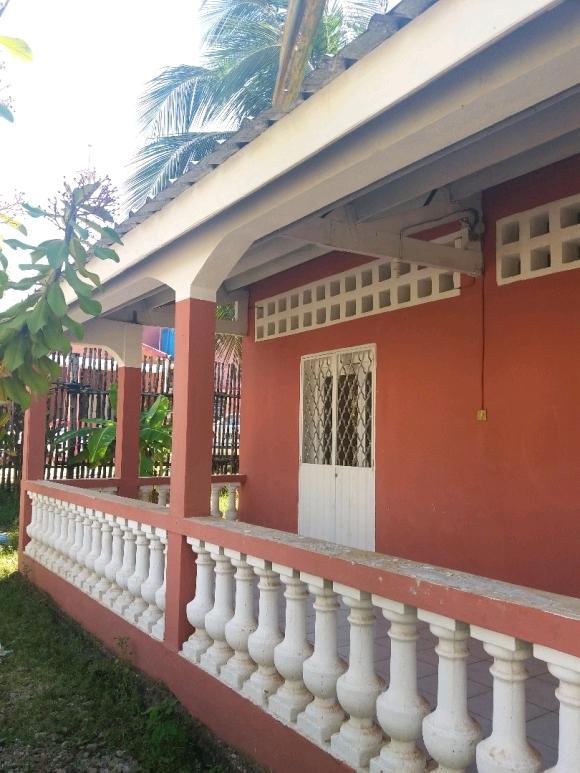 Jolie maison à louer dans un endroit calme en périphérie de la ville