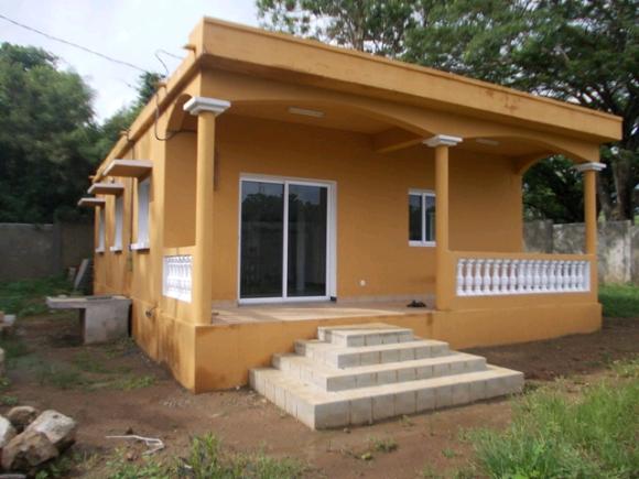 A vendre, maison plain pied pas loin du centre ville